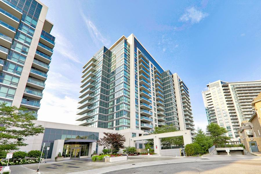 East York condos for sale